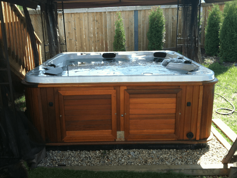 Ten Year Old Used arctic spas hot tub still looks good